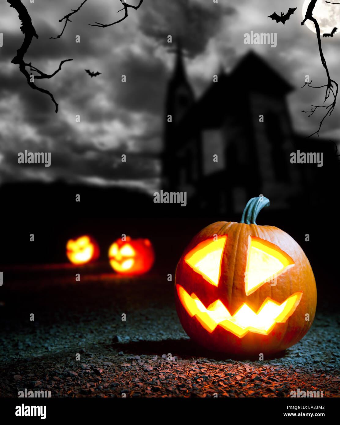 Evil Pumpkin Stock Photos & Evil Pumpkin Stock Images - Alamy