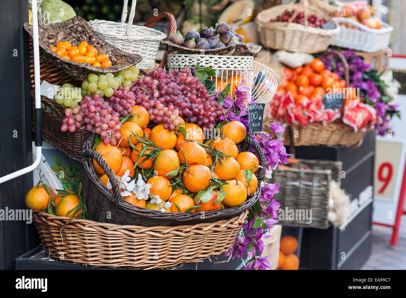 Palma de Mallorca, fruits,obst,orange,Weintraube,grapes, Stock Photo