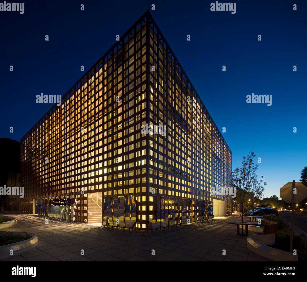 Aspen art museum aspen united states architect shigeru for Japanische architektur holz