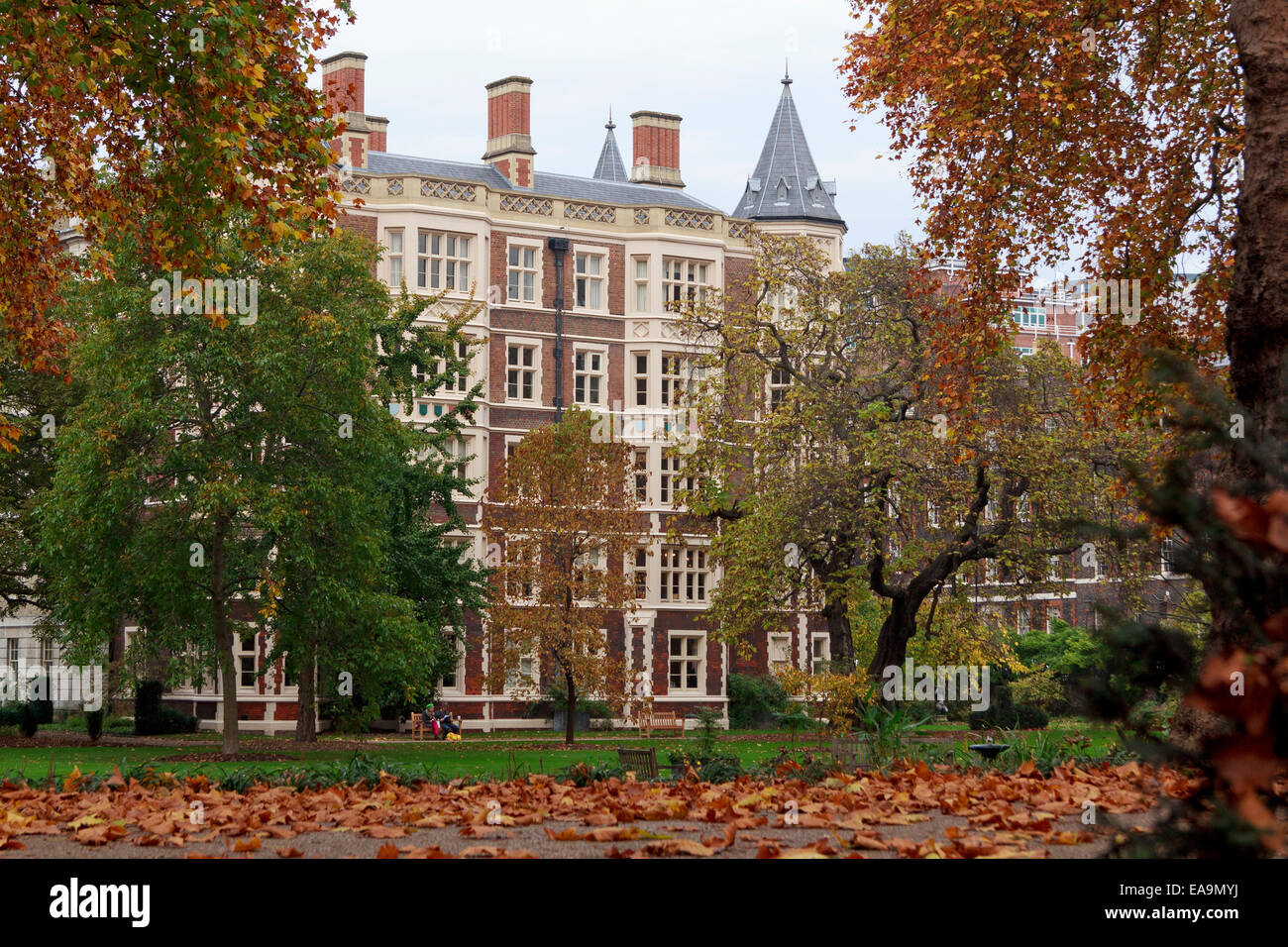 'The Temple' - home of two of the four Inns of Court of the English legal system. - Stock Image