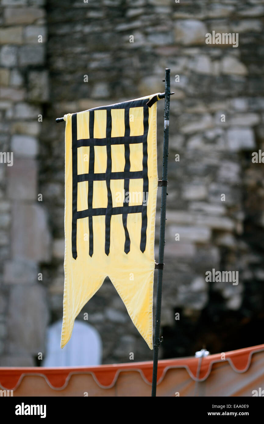 Black portcullis on a gold/or field - Stock Image