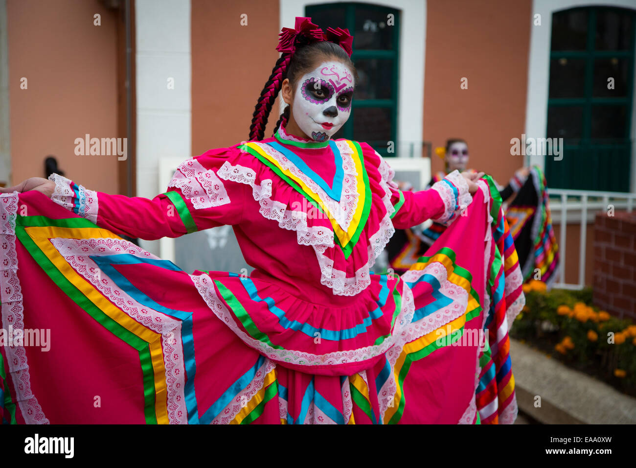 A dancer in Real del Monte, Mexico at the annual 'Day of the Dead' celebrations held on All Souls day. - Stock Image