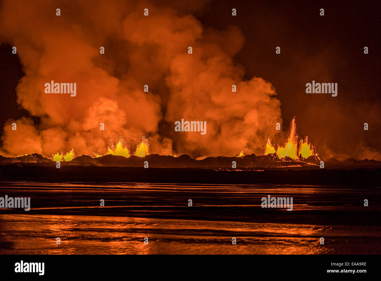 Lava and plumes, Holuhraun Fissure Eruption, Bardarbunga Volcano, Iceland - Stock Image