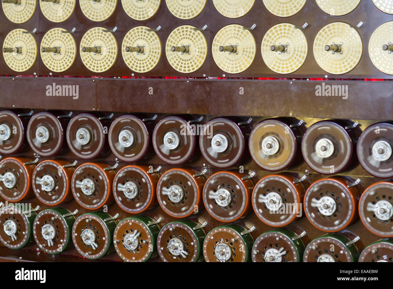 Rebuilt Turing Bombe in action at Bletchley Park, showing rotation of upper row of drums and middle row of drums Stock Photo
