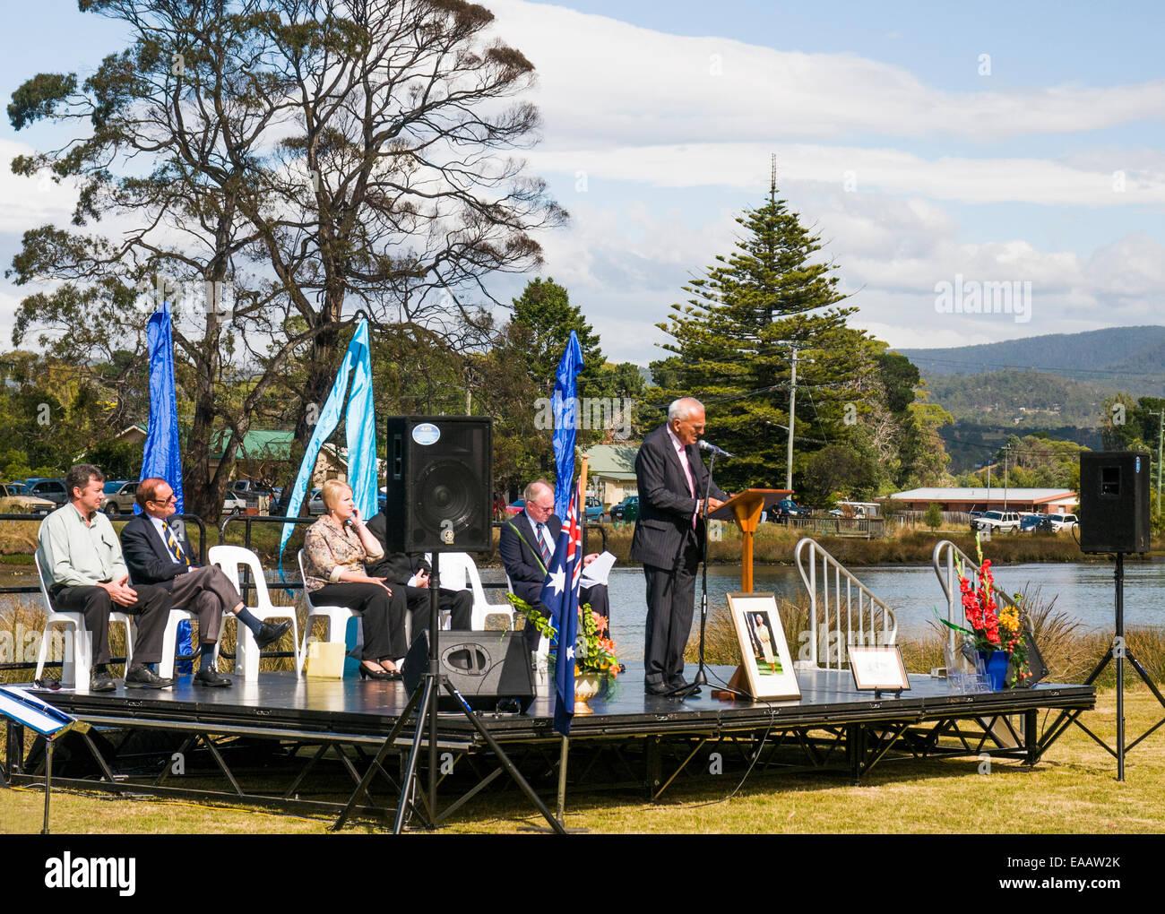 Local dignitary speaking at an Australian citizenship ceremony on Australia Day in Kingston, Tasmania - Stock Image