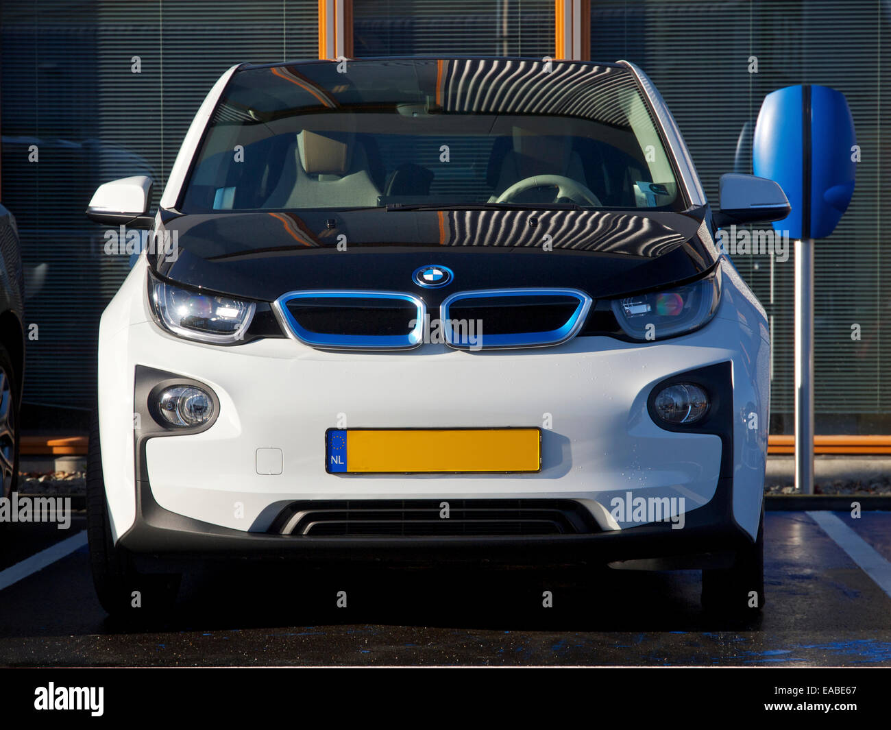Bmw Electric Vehicle Battery Charging Stock Photos Bmw Electric