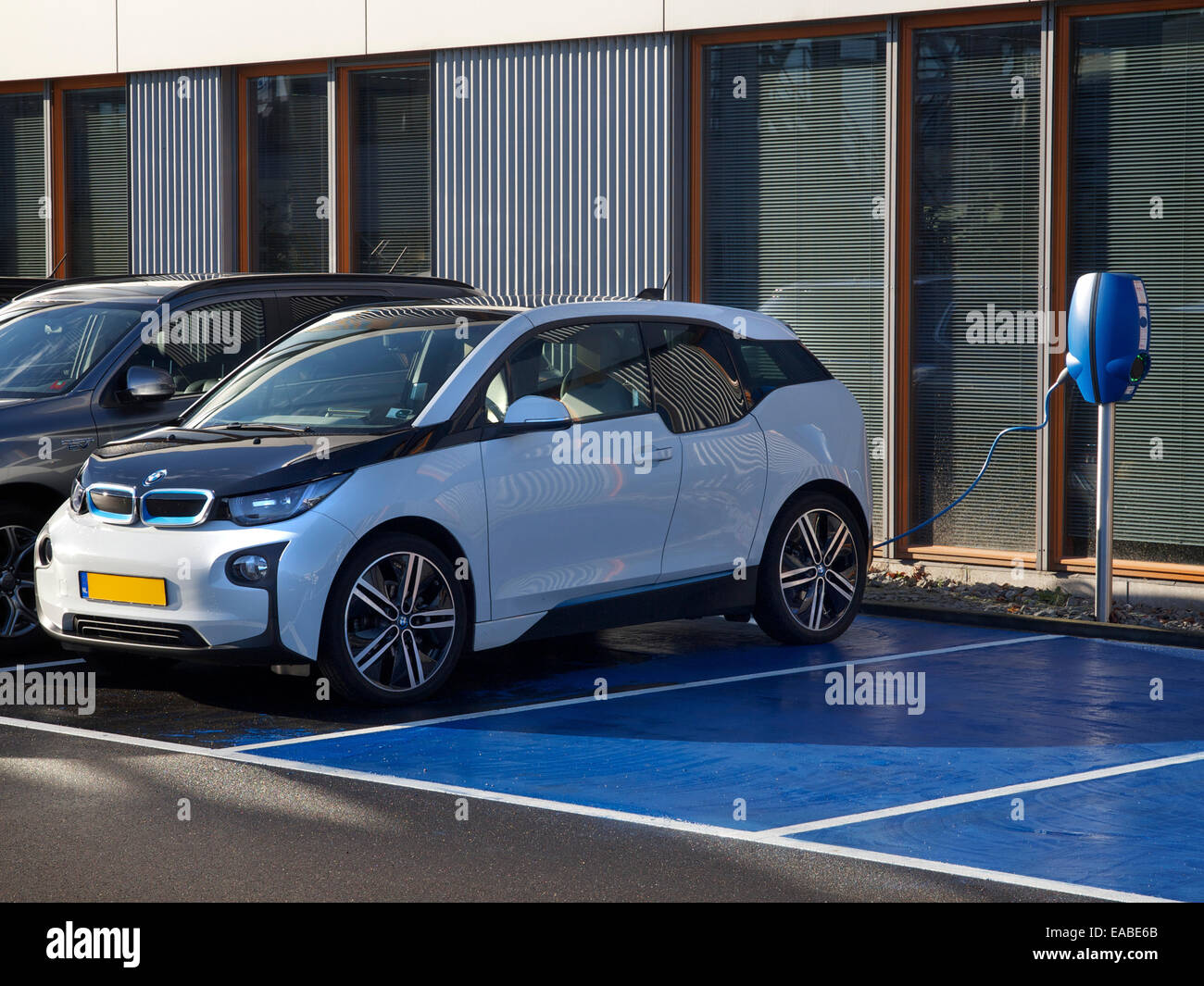 interior electric kwh month to via terra for bmw m warren a how car lease per