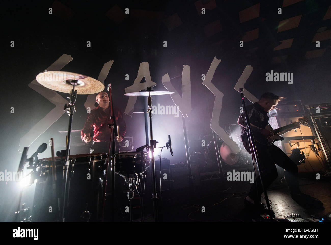 Isaac Holman and Laurie Vincent (L-R) of Slaves performs on stage at Barrowlands Ballroom on November 10, 2014  - Stock Image