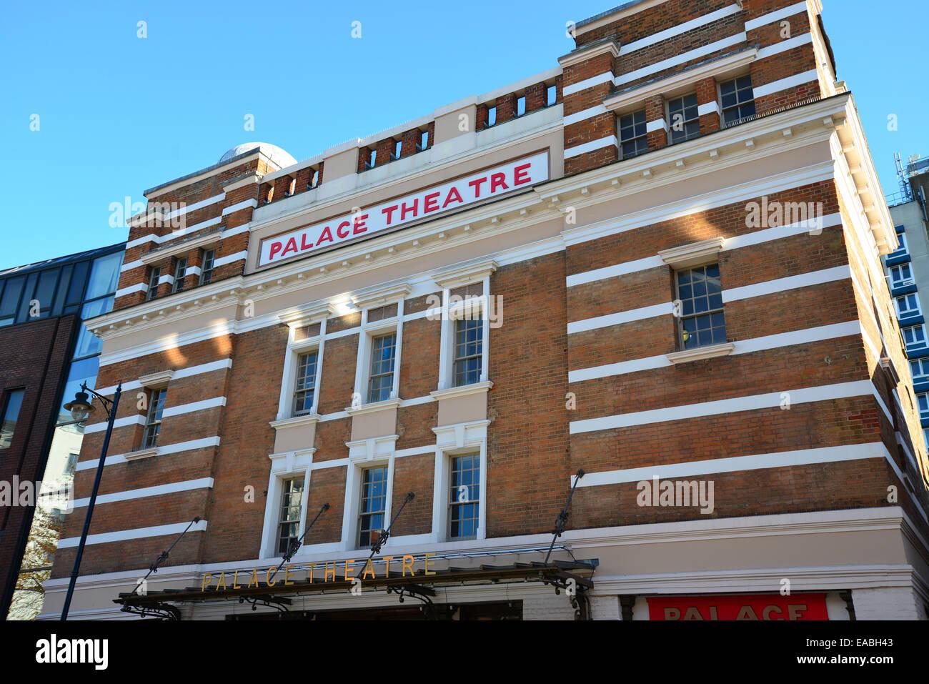 Watford Palace Theatre, Clarendon Road, Watford, Hertfordshire, England, United Kingdom - Stock Image