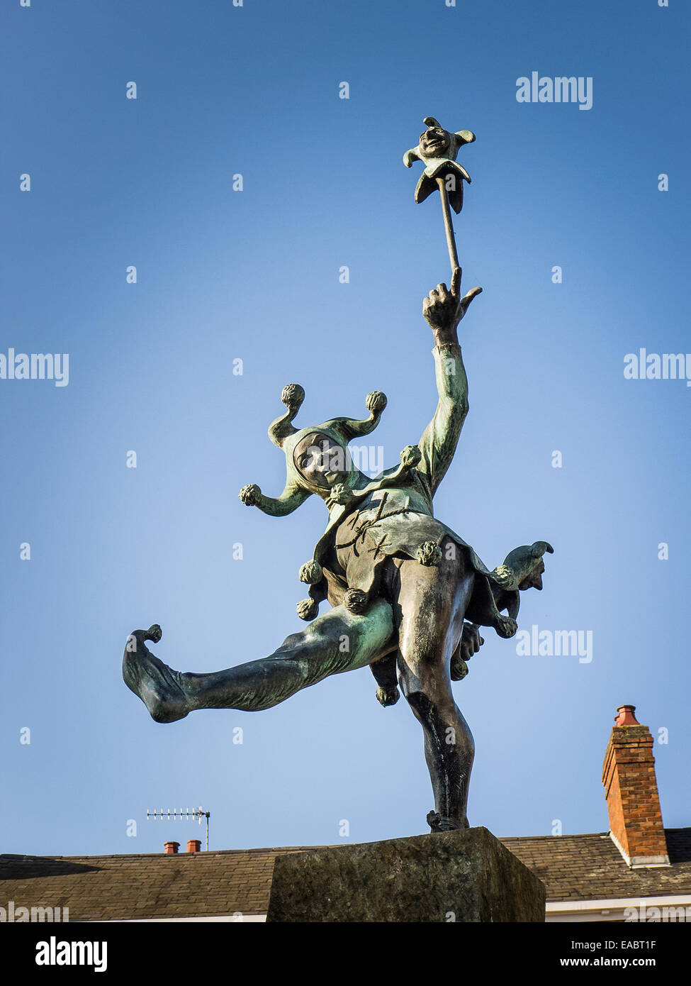 Shakespearean Jester statue in Strafford on Avon UK - Stock Image