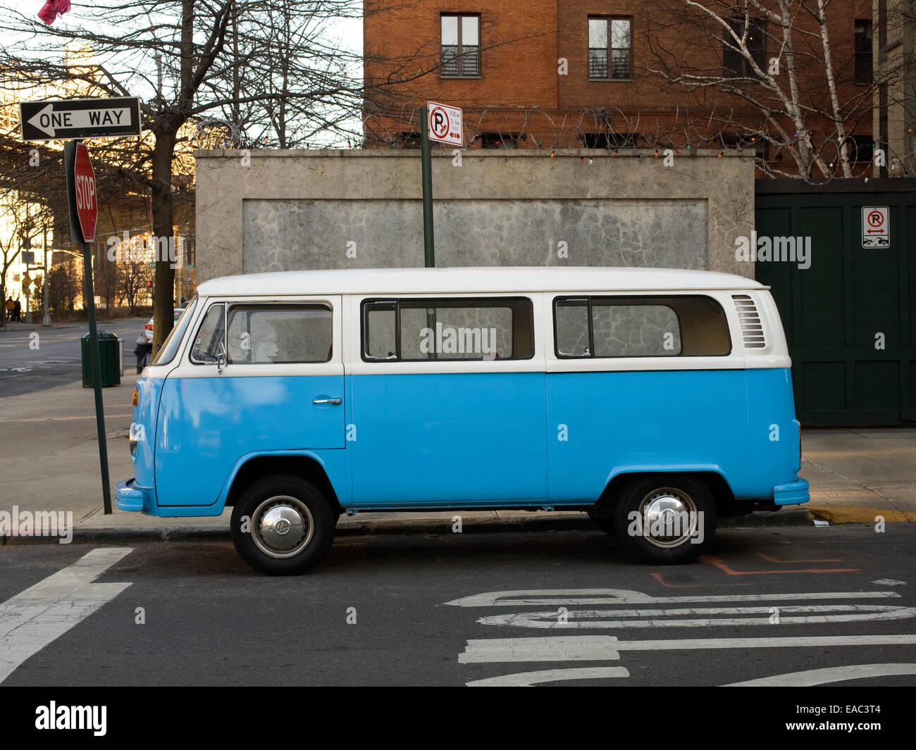 Classic volkswagen Van, Brooklyn, NY - Stock Image