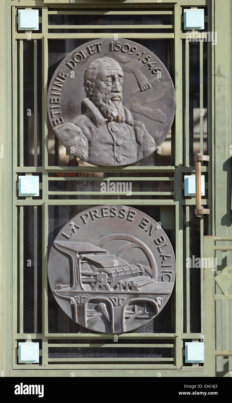 Etienne Dolet (1509-1546) Portrait & Printing Press Medallions 1930s Style or Art Deco Library Building Toulouse - Stock Image
