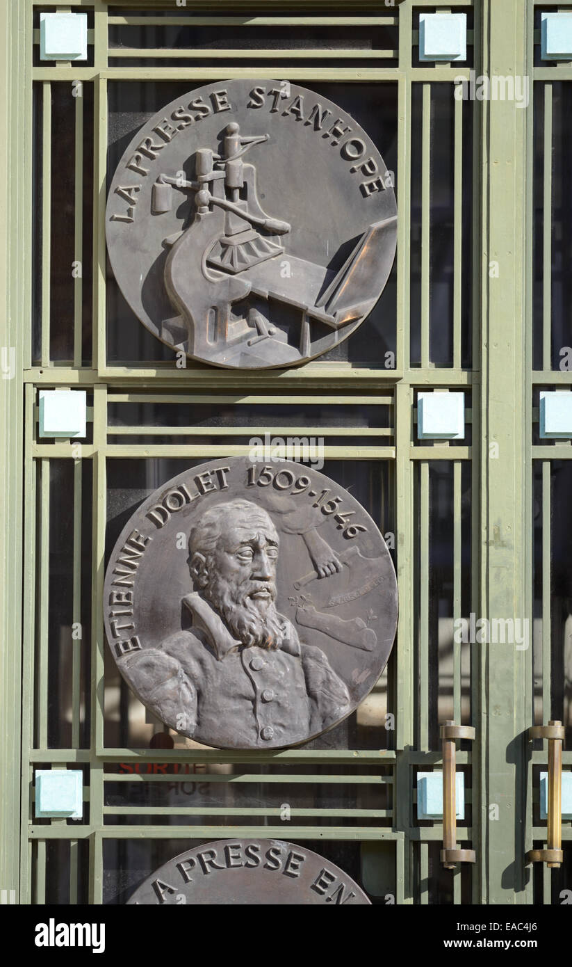 Stanhope Printing Press & Etienne Dolet (1509-1546) Printer Medallions on Door of 1930s Style or Art Deco Library - Stock Image
