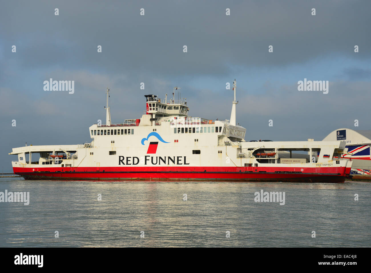 Red Funnel car ferry leaving East Cowes for Southampton, East Cowes, Isle of Wight, England, United Kingdom - Stock Image