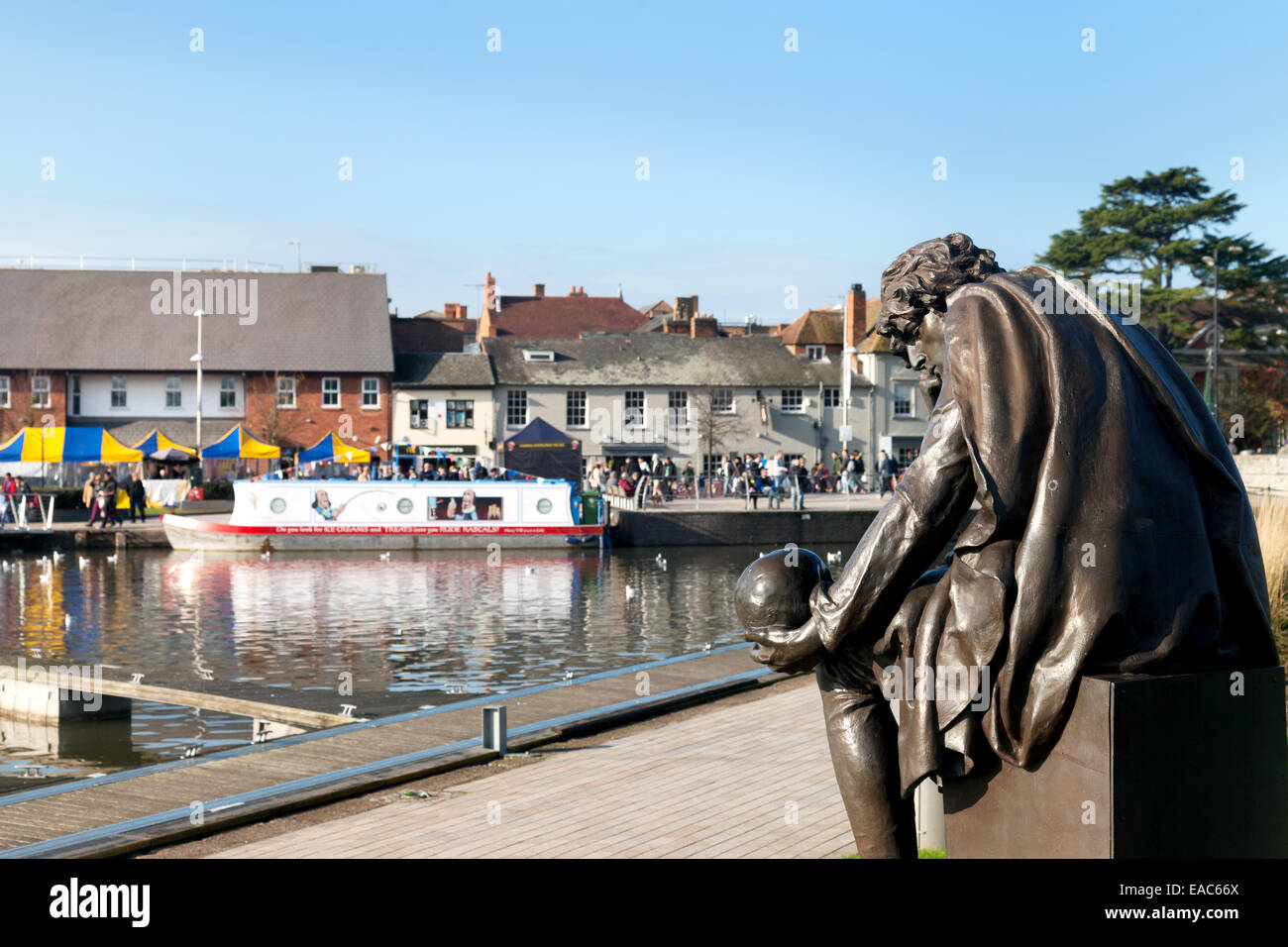 Shakespeare Hamlet statue, by the canal, Stratford upon Avon town centre, Warwickshire England UK - Stock Image