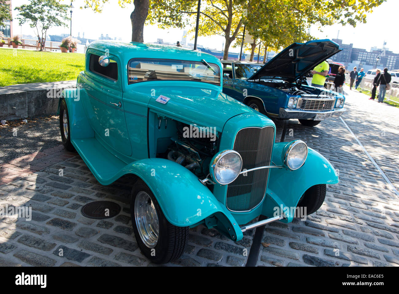 Classic Cars at the Fells Point Fun Festival, Baltimore Maryland USA ...