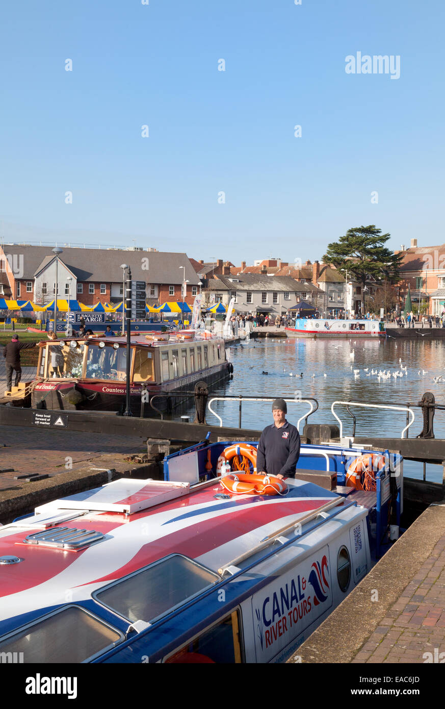 Narrow boats in the Canal Basin, Stratford upon Avon, Warwickshire, England UK - Stock Image