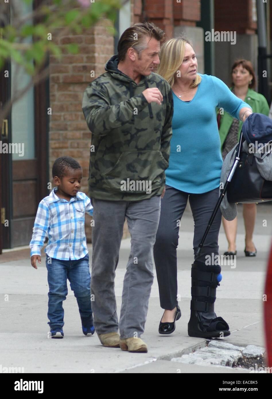 Child charlize theron drags Sean Penn