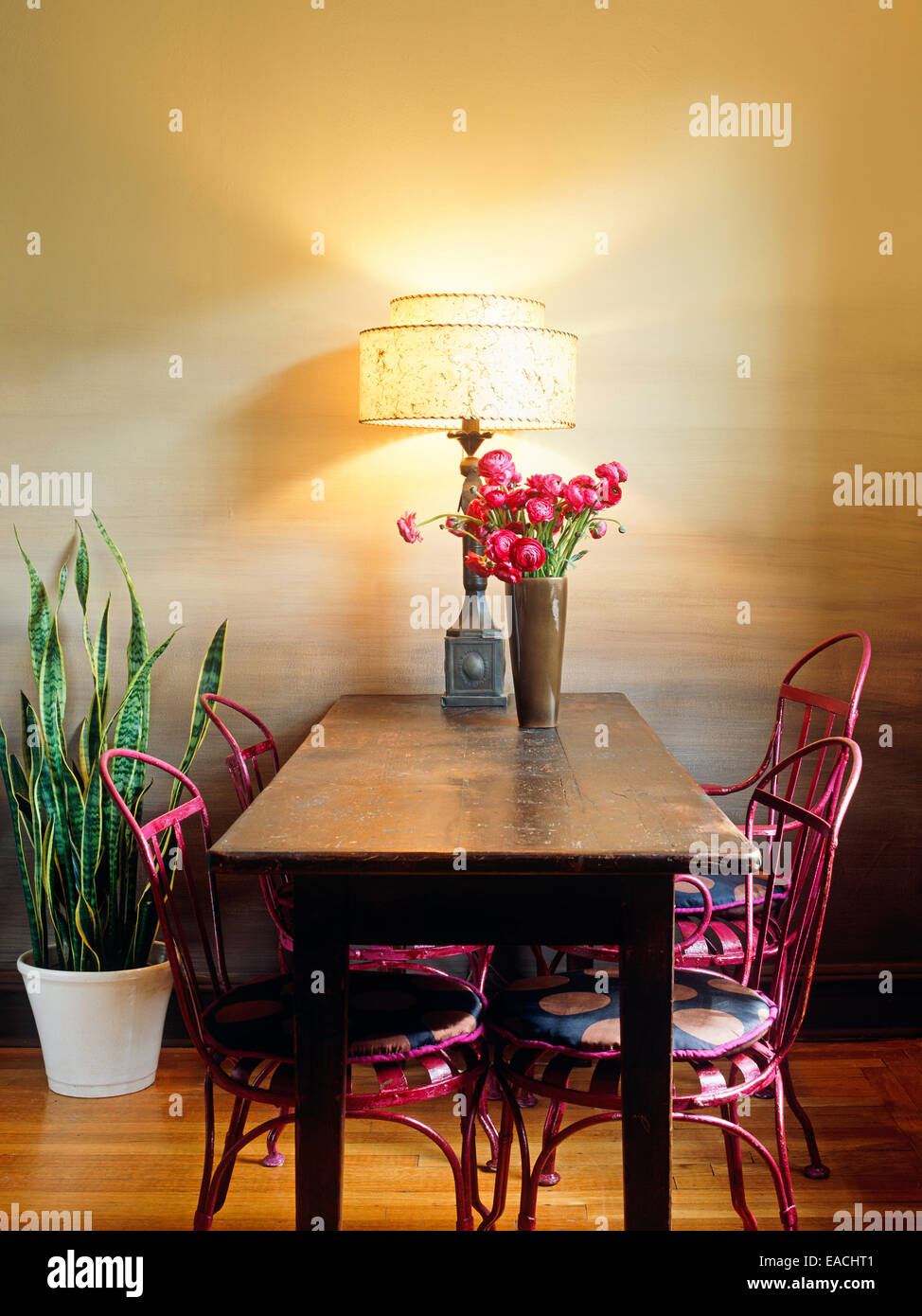 dining room with table and chairs - Stock Image