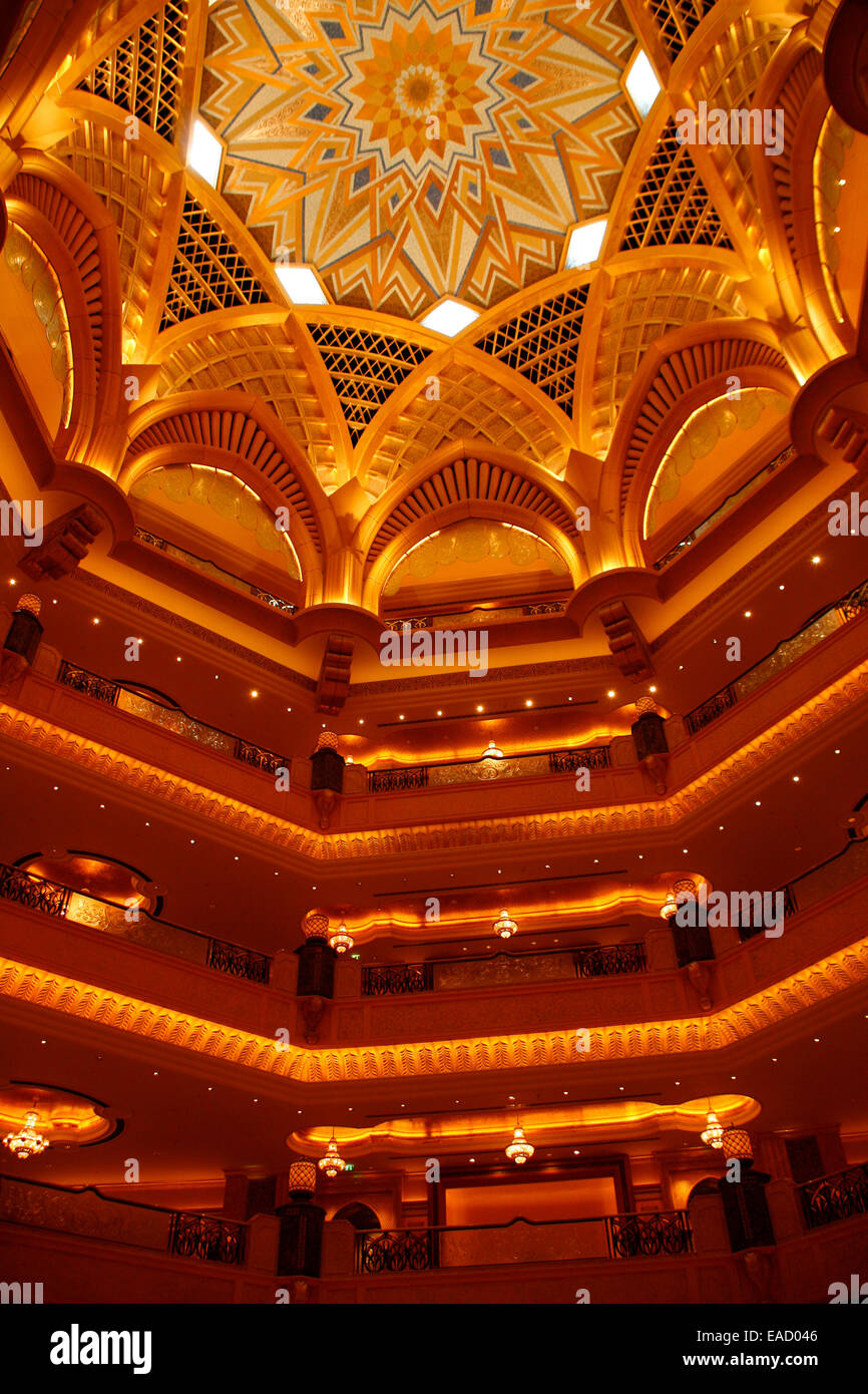 Golden Palace Hotel, the most expensive hotel in the world, Abu Dhabi, Emirate of Abu Dhabi, United Arab Emirates - Stock Image