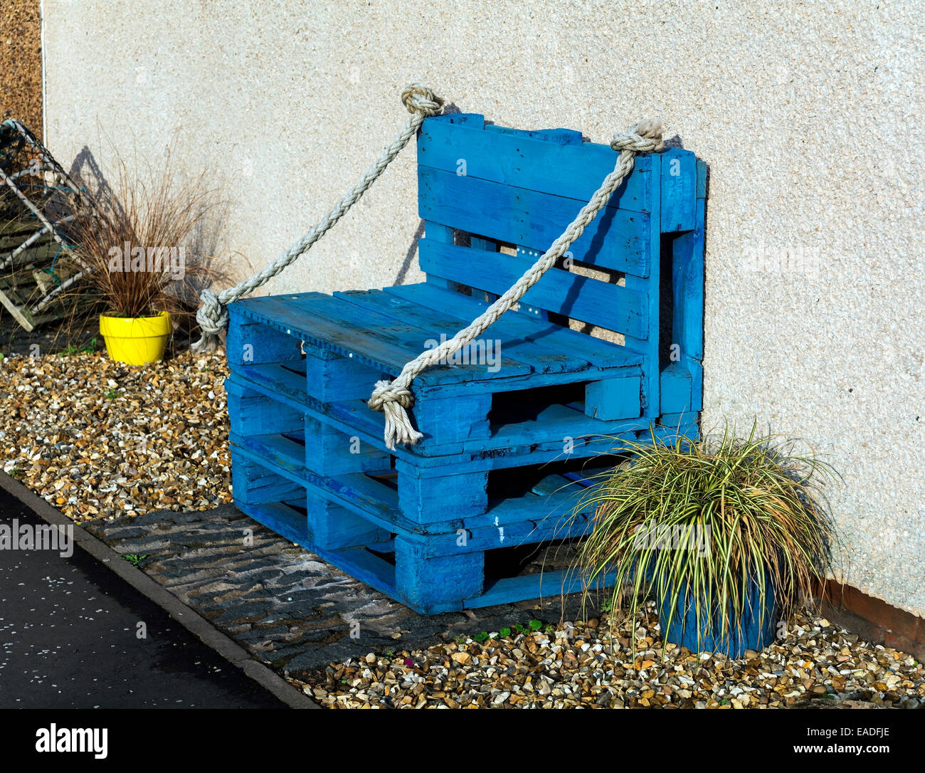 Fantastic Pallets Have Been Re Cycled To Make A Colourful Garden Bench Creativecarmelina Interior Chair Design Creativecarmelinacom