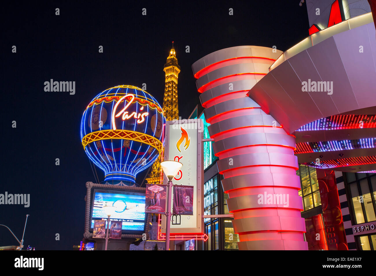 Las Vegas Boulevard at dusk, Las Vegas, Nevada, USA, probably the most unsustainable city in the world, it uses - Stock Image