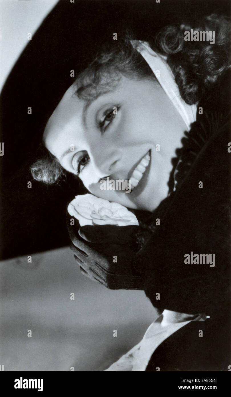 1930s garbo stock photos amp 1930s garbo stock images alamy