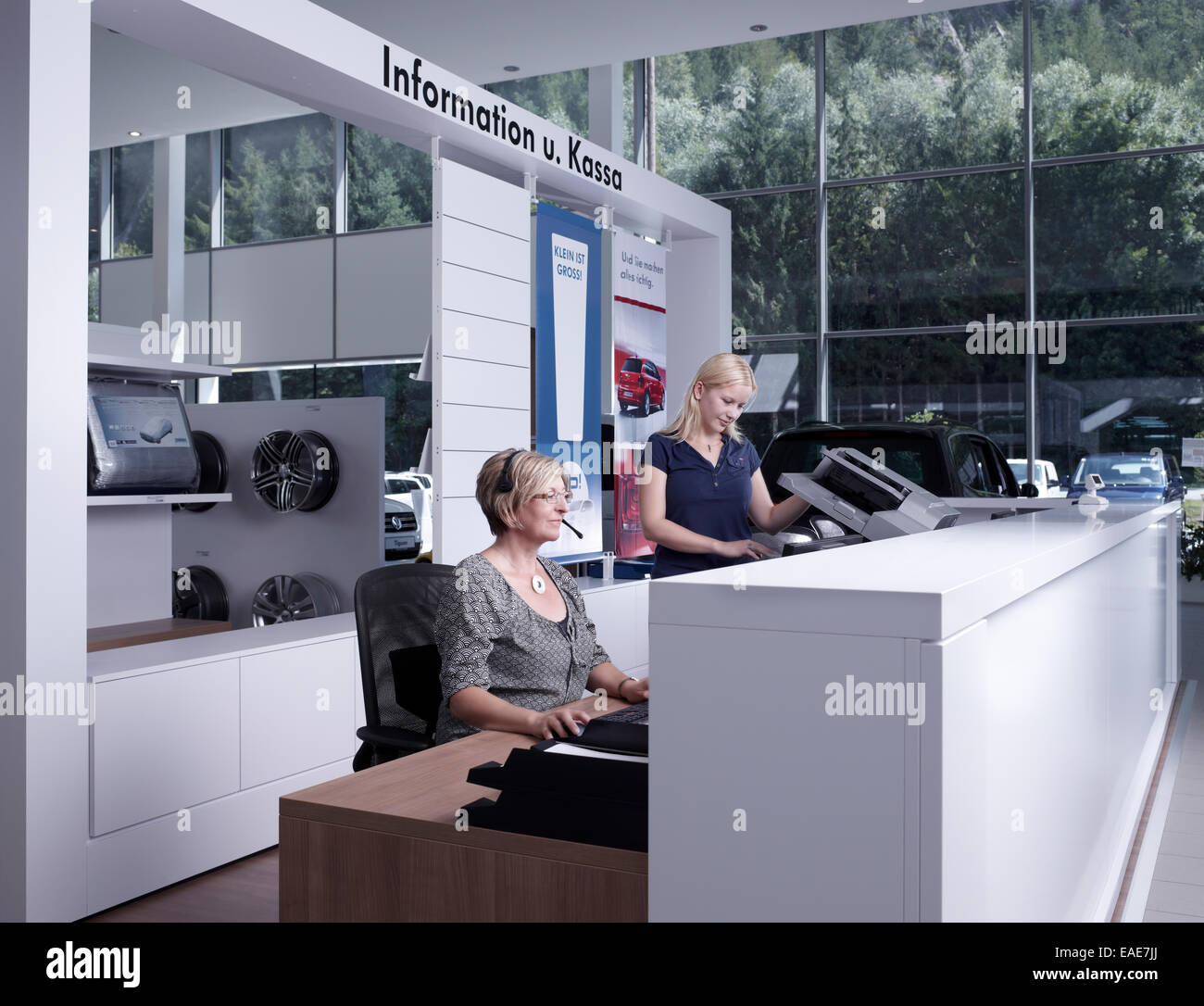 Reception area and customer support at a car repair shop, St.Gertraudi, Reith im Alpbachtal, Kufstein District, - Stock Image