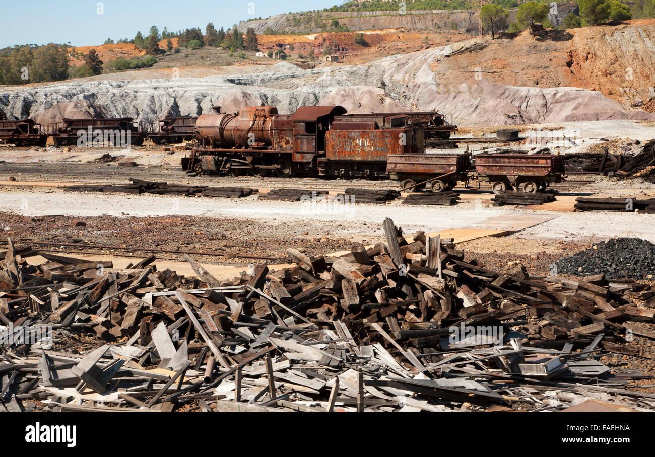 Old rusty abandoned steam train in the Rio Tinto mining area, Minas de Riotinto, Huelva province, Spain - Stock Image