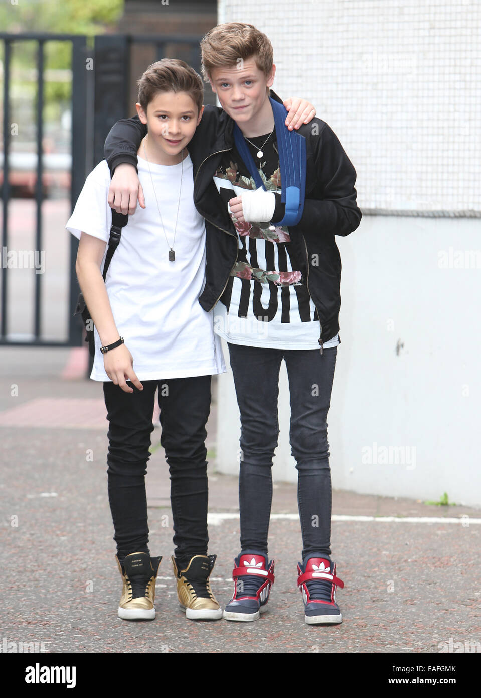 bars and melody alter