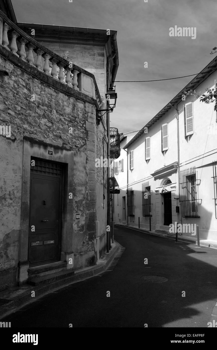 Avignon street in old city, Vaucluse department, Provence-Alpes-Côte d'Azur, France - Stock Image