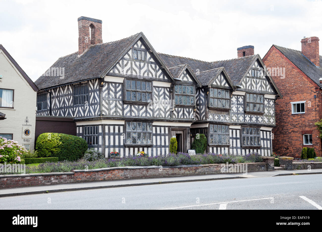 Churche's Mansion is a timber-framed, black-and-white Elizabethan mansion house at Hospital Street in Nantwich - Stock Image
