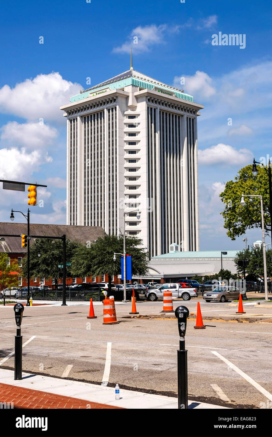 The RSA Tower in Montgomery Alabama - Stock Image
