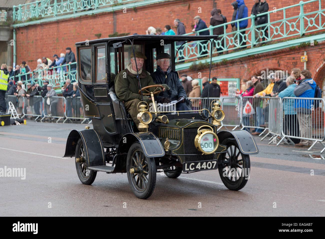 London to Brighton Veteran Car Rally. 2nd November 2014 Stock Photo ...
