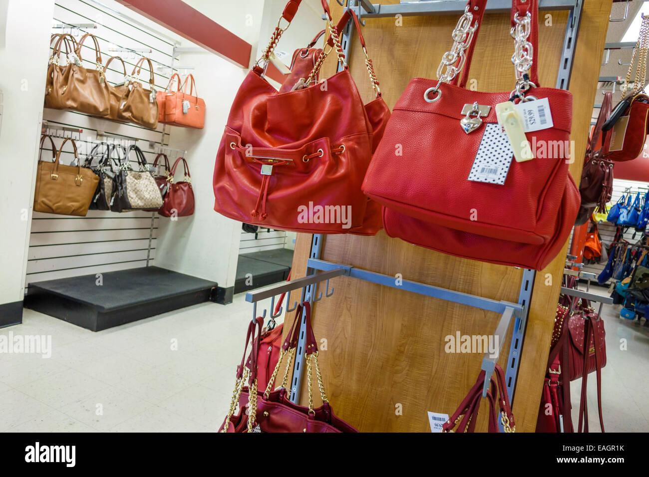 Discount Handbags Store Stock Photos & Discount Handbags Store Stock