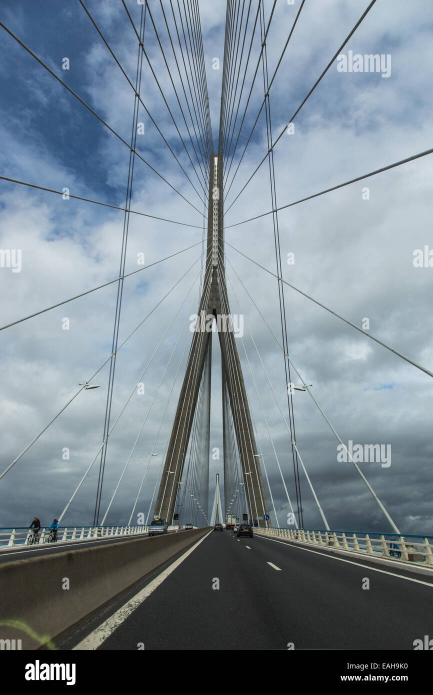 Bridge over the River Seine: Honfleur Le Havre Pont de Normandie - Stock Image