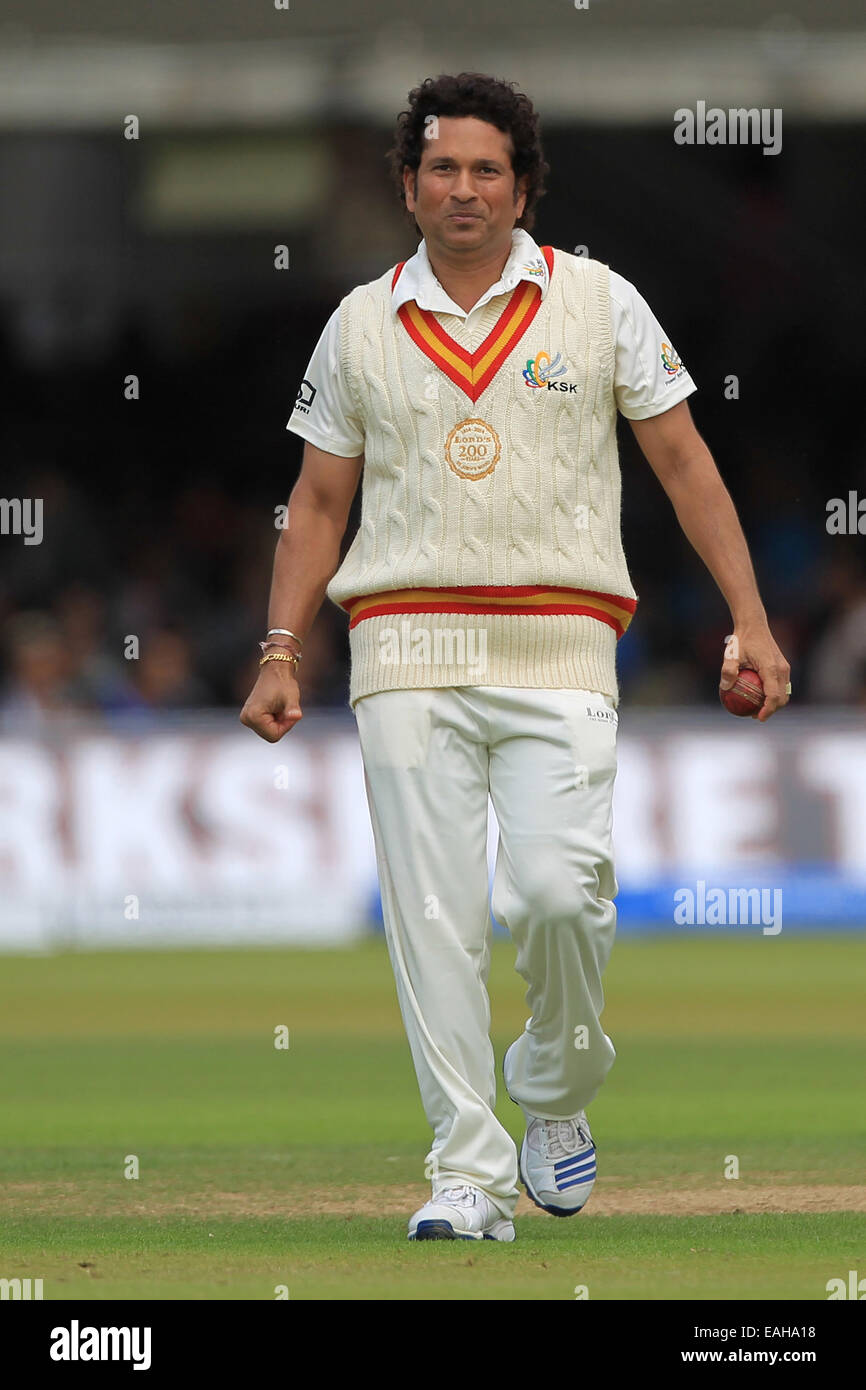 sachin tendulkar stock photos & sachin tendulkar stock images - alamy