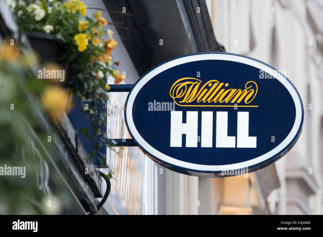 William Hill bookies on the high street. - Stock Image