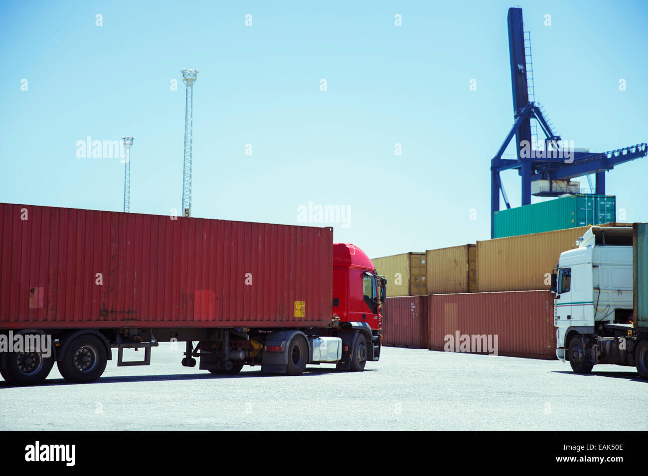 Truck carrying cargo container - Stock Image
