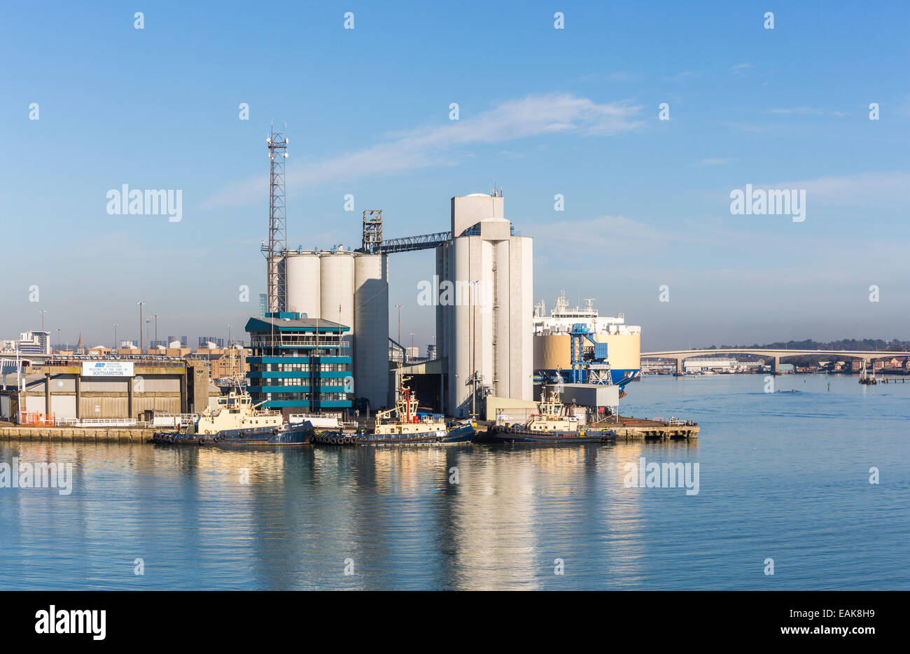Tugs moored at the quayside, Southampton Docks, Port of Southampton, the Solent, Hampshire, Itchen Bridge in the - Stock Image