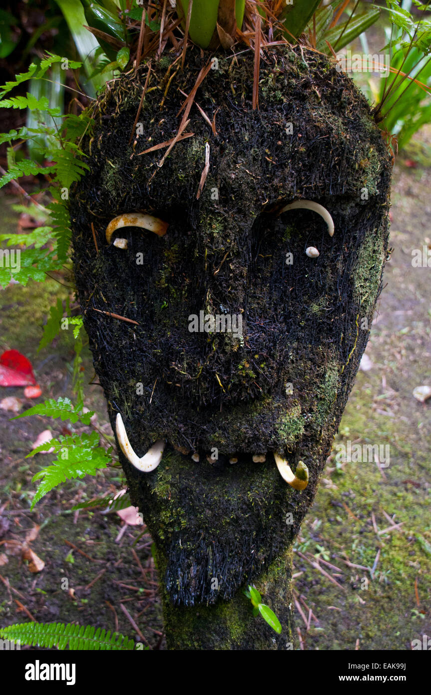 Wooden mask, Highlands, Papua New Guinea - Stock Image