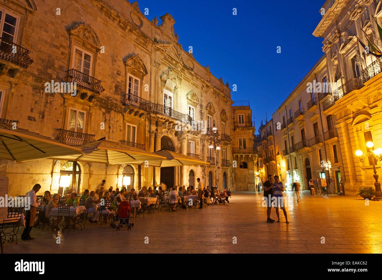Stately houses in the historic town centre, Ortygia, Syracuse, Province of Syracuse, Sicily, Italy - Stock Image