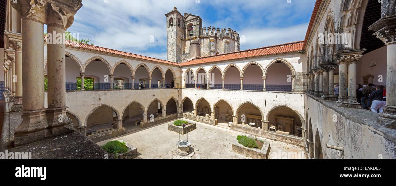 Cemetery cloister, Convento de Cristo, Castle of the Knights Templar, UNESCO World Cultural Heritage Site, Tomar - Stock Image