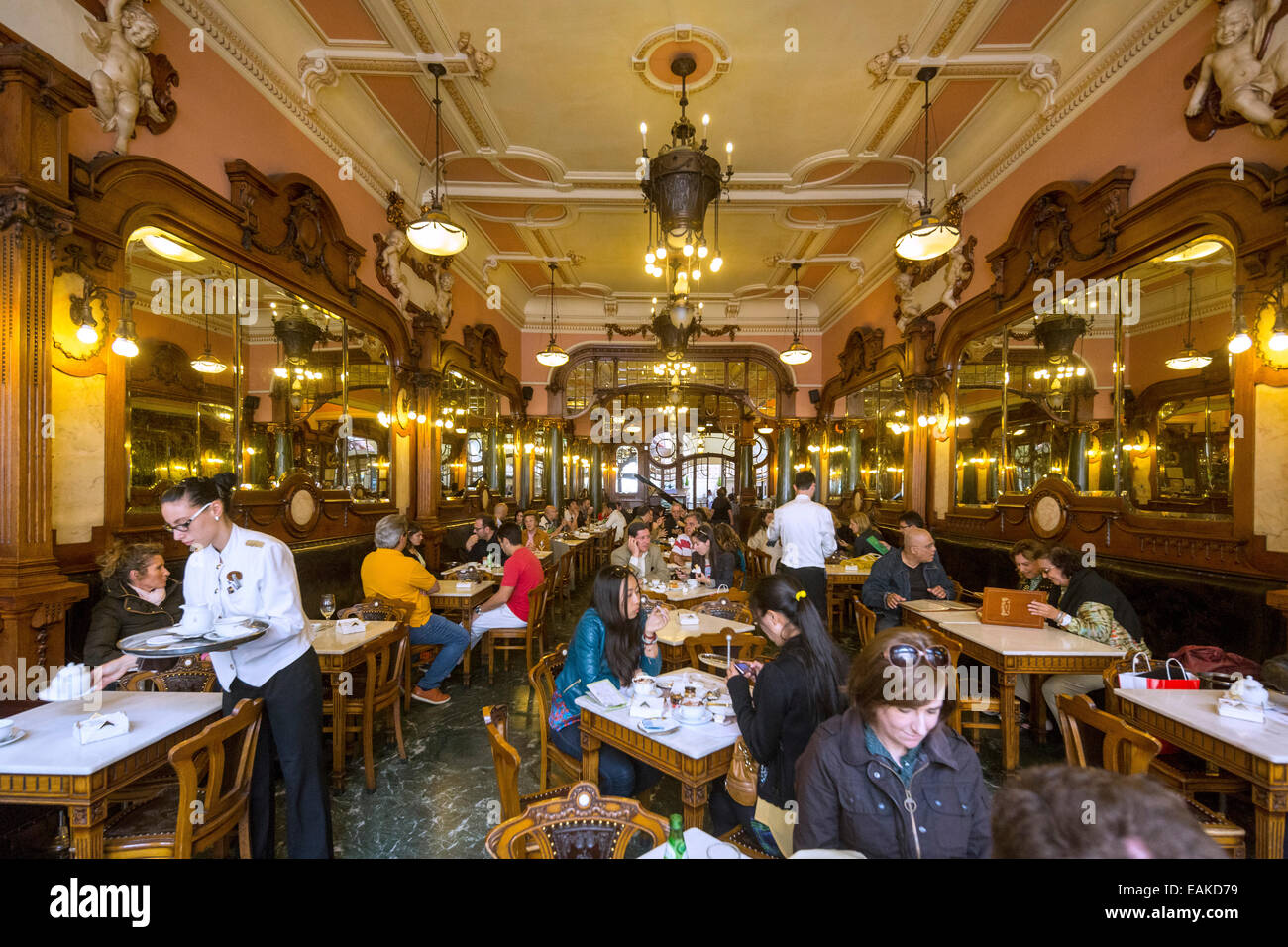 Café Majestic, Art Nouveau cafe, tavern, restaurant dining, Porto, District of Porto, Portugal - Stock Image