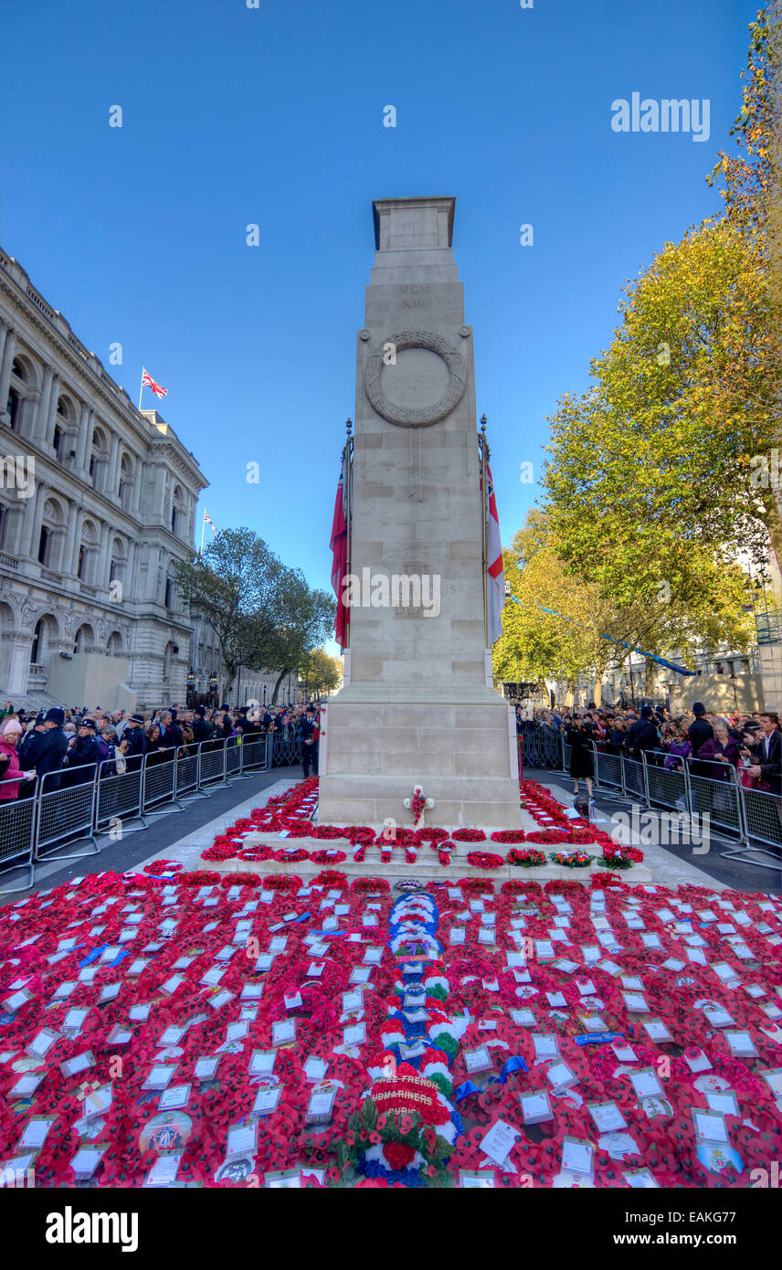 cenotaph in London on armistice day - Stock Image