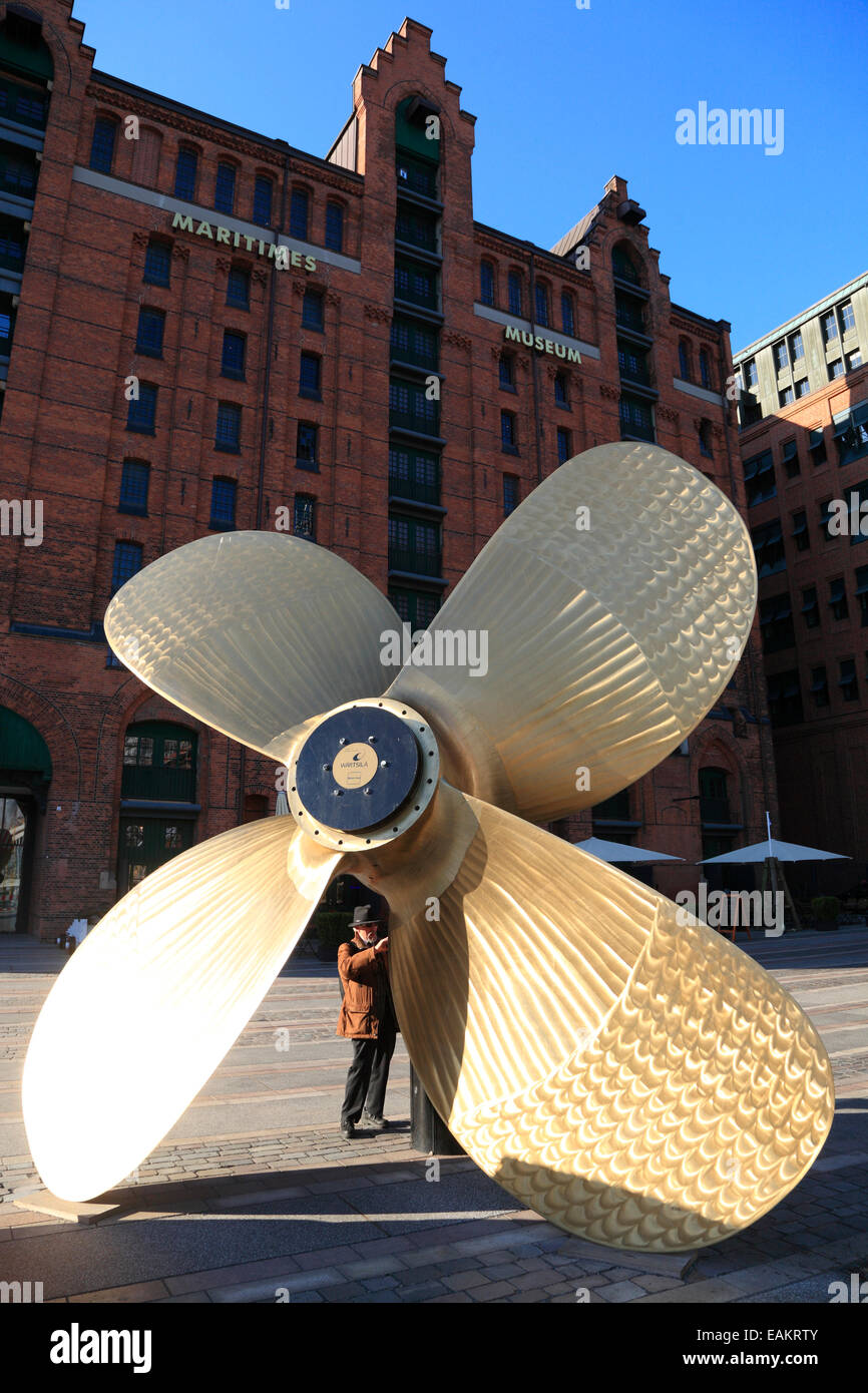Ship propeller in front of Maritime Museum, Hafencity, Hamburg harbor, Germany, Europe - Stock Image