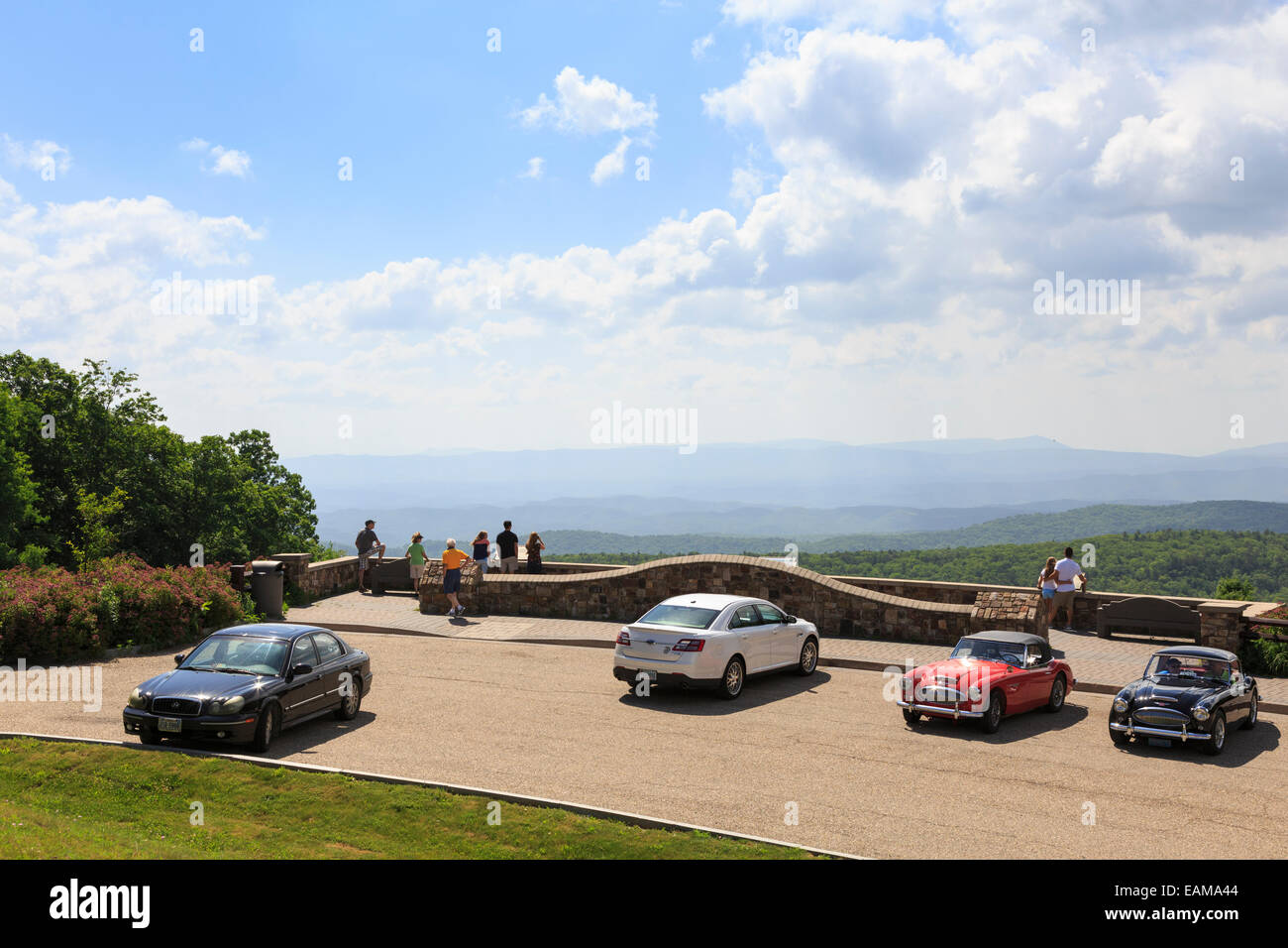 Tourist at  Dan Ingalls Overlook, Bath County, Virginia near Homestead Resort - Stock Image