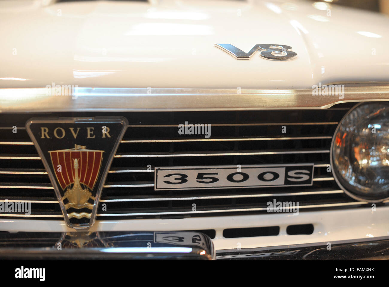 Series 1 Rover p6 3500 badge detail classic car at the 2014 NEC classic car show Stock Photo