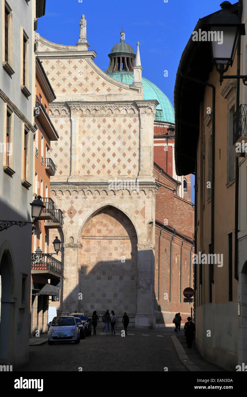 Duomo facade, Vicenza, Italy, Veneto. - Stock Image