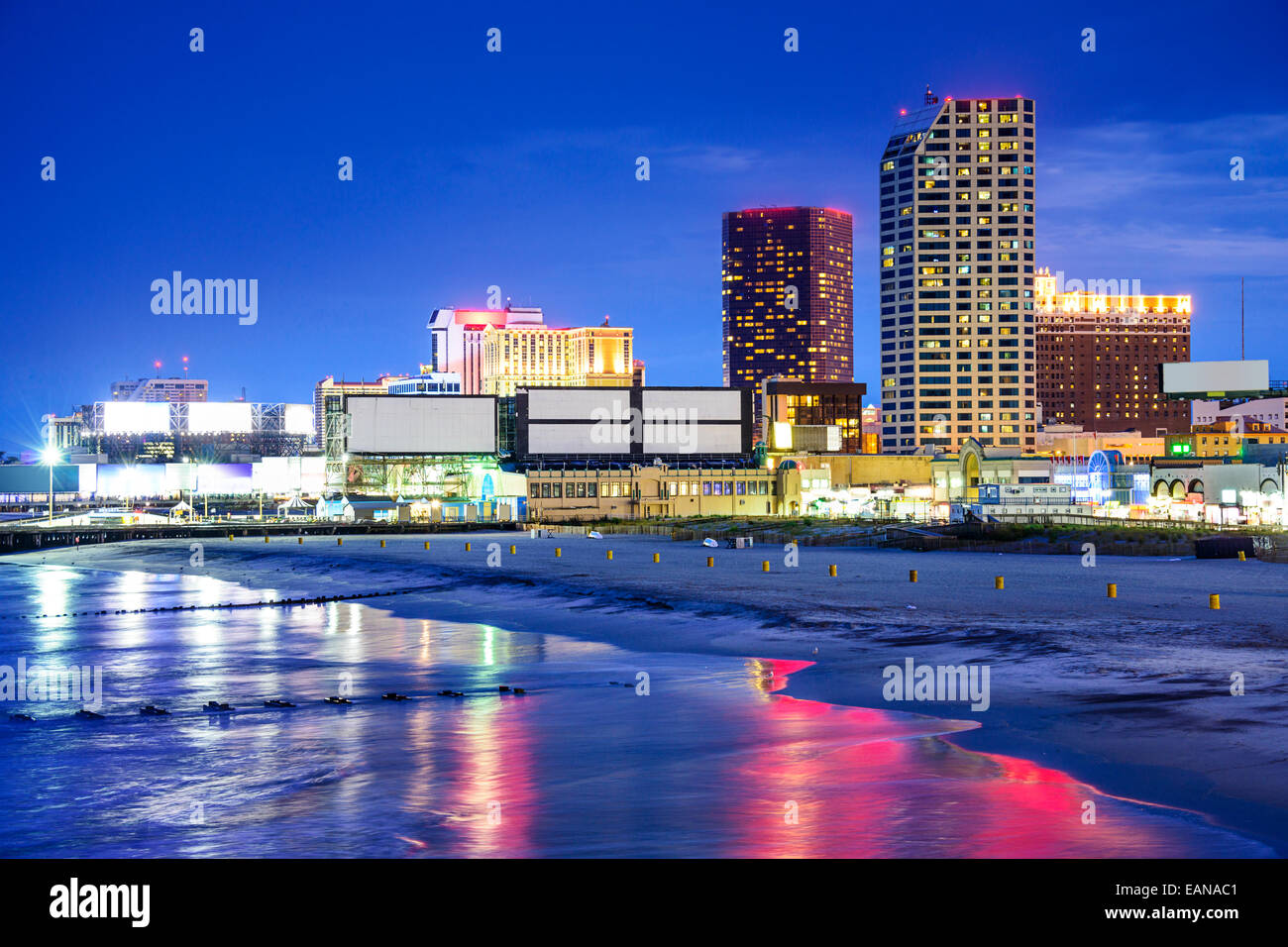 Atlantic City, New Jersey, USA resort casinos cityscape on the shore at night. - Stock Image